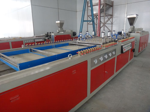 Vacuum-Forming-Table-Large-